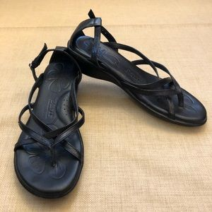 Born Black Strappy Thong Heel Strap Sandals